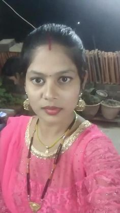 Deepti Singh ku🌷 has just created an awesome short video Beautiful Girl Facebook, Beautiful Girl In India, Beautiful Blonde Girl, Beautiful Girl Photo, Beautiful Indian Actress, Beautiful Women Videos, Beautiful Women Over 40, Simple Girl Image, Arabian Beauty Women