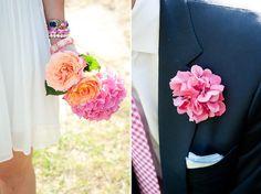 Pretty wedding flower details.
