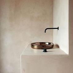 https://instagram.com/p/BPArxYfgd1E Summer Desire by yours truly #simplicity #rawmaterial #interior #benoitviaene #benoit_viaene #bathroom