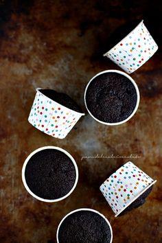 Cupcake o Torta al cioccolato tutto in una ciotola con Camy Cream / Cupcake and Chocolate Cake