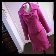 """Fuschia pink flounce skirt suit. Size 10. Worn 1 x Giorgio sant Angelo cute pink suit. Great for summer. Single button with pockets. Skirt is 23"""" long from waist. Skirts"""