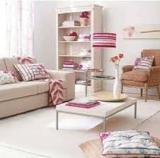 Resultado de imagen para decoración sala de estar rosa