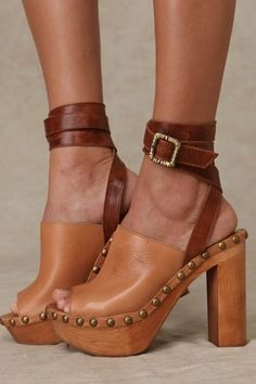 Brown leather strappy shoes by Jeffrey Campbell