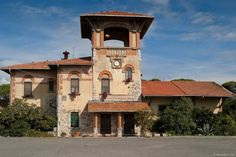 Marina di Pisa Pisa, Community, Mansions, House Styles, World, Home Decor, Cities, Decoration Home, Manor Houses