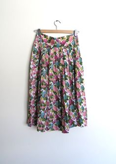High Waisted Skirt / Floral Print