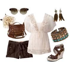 I never seen an ivory top with brown shorts. How cute! :)