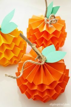 Paper pumpkin crafts for kids. These little pumpkins are so much fun to make. Try 15 more easy Halloween crafts ideas for kids to engage them on festivals Easy Fall Crafts, Thanksgiving Crafts For Kids, Halloween Crafts For Kids, Diy Halloween Decorations, Fall Diy, Halloween Diy, Holiday Crafts, Thanksgiving Holiday, Autumn Decorations