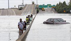 Απίστευτο βίντεο δείχνει πόσο γρήγορα πλημμύρισε το Τέξας το Χάρβεϊ : aek365