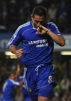 Frank Lampard Photos: Chelsea v Leicester City - Carling Cup