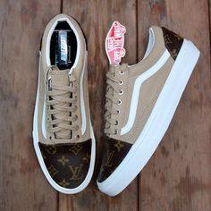 "Vans Old Skool ""Khaki & Designer"" Source by Shoes Custom Vans Shoes, Custom Sneakers, Vans Shoes Fashion, Cute Vans, Vetement Fashion, Aesthetic Shoes, Hype Shoes, Dream Shoes, Vans Old Skool"