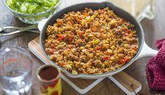 Das vorgekochte Weizengericht Bulgur lässt sich ähnlich wie Reis mit Gemüse zum Beispiel kombinieren, so auch in der Bulgurpfanne.