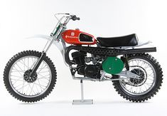 Why don't dirt bikes look this cool anymore? Because it was the good old days. I've had lots of hours riding Husky's. Great bikes, the swedes knew there stuff.