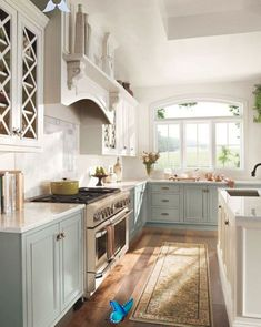 12+ Beautiful Simple French Country Kitchen Ideas For Small Space<br> Country Kitchen Designs, French Country Kitchens, Modern Farmhouse Kitchens, French Country Decorating, Home Kitchens, Rustic Kitchen, Kitchen Modern, Rustic Farmhouse, Country French