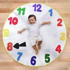Monthly Baby Photos, Newborn Baby Photos, Baby Girl Photos, Cute Baby Pictures, Baby Girl Newborn, Toddler Boy Photography, Newborn Photography Poses, Foto Baby, Cute Baby Girl