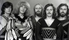 Az Omega Kossuth-díjas és Liszt Ferenc-díjas magyar rockegyüttes, mely 1962-ben alakult. Tagjai:Kóbor János, Presser Gábor, Benkő László, Somló Tamás, Mihály Tamás, Debreczeni Ferenc.