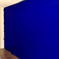 Living room. Blue wall. Tikkurila Harmony M348.