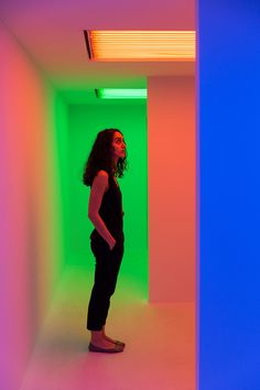 Carlos Cruz-Diez creates rainbow chambers inside shipping container on Miami Beach Miami Beach, Street Art, Shipping Container House Plans, Photography Camera, Booth Design, Sculpture, Color Theory, Public Art, Installation Art