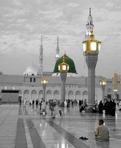 Islamic Images, Islamic Pictures, Islamic Art, Islamic Quotes, Masjid Haram, Al Masjid An Nabawi, Beautiful Mosques, Beautiful Places, Medina Mosque