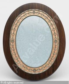 FABERGÉ Karl (Carl), 1846-1920 (Russia) Title : Fotografiram Date :   Category : 20th Century Decorative Arts Medium : : photoframe