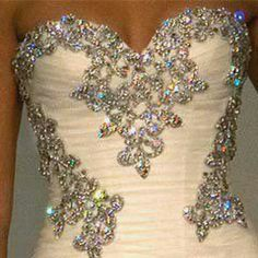 Oh my God I want this for prom!