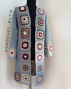 vielfalt-des-granny-square-video-muster-croch-grannysquareponcho-v/ - The world's most private search engine Crochet Cardigan Pattern, Crochet Jacket, Crochet Poncho, Crochet Patterns, Granny Square Sweater, Sunburst Granny Square, Granny Square Crochet Pattern, Crochet Granny, Jacket Pattern