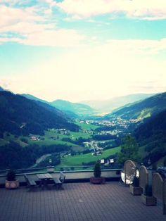 Blick über das Ennstal vom Hotel Gut Raunerhof aus