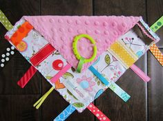 tag blanket -  I like the idea of hanging it with a ring!