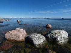 Rocky shore of Jungfruskär #Finland #archipelago