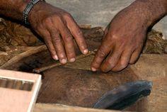 Tour a Cigar Factory. Onderdeel van een excursie in de stad Santiago. Dominican Republic 1997 1e x in Dominican Republic. Wat een land, die muziek, die mensen......