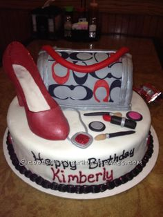 Coolest Coach Purse Cake... This website is the Pinterest of birthday cake ideas