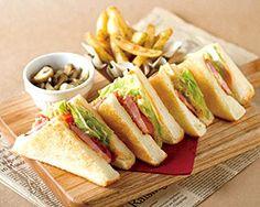 ぐるなび - TABLES CAFE :サンドイッチ・ガレット・パンケーキ等のお食事もご用意。