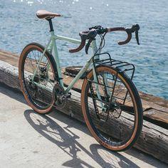 Surly Straggler Archive: Photo - Travel Tips Touring Bicycles, Touring Bike, Velo Vintage, Vintage Bikes, Mountain Bike Shoes, Mountain Biking, Surly Straggler, Bici Retro, Bici Fixed