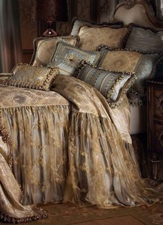 Beautiful bedding!
