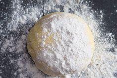 Základní bramborové gnocchi   Apetitonline.cz Gnocchi, Czech Recipes, Italian Cooking, Potatoes, Bread, Food, Fitness, Hampers, Potato