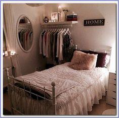Small Room Bedroom, Trendy Bedroom, Cozy Bedroom, Small Rooms, Bedroom Apartment, Home Decor Bedroom, Girls Bedroom, Bedroom Ideas, Dorm Room