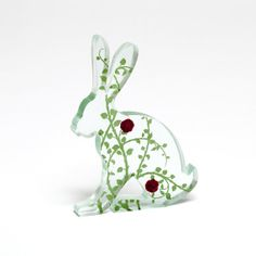 Rosebud Glass Hare Sculpture Green Screen by flyingcheesetoastie,