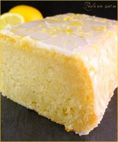 Vegan lemon cake no eggs no milk no butter Pearl sugar Homemade Cake Recipes, Pound Cake Recipes, Cupcake Recipes, Vegan Lemon Cake, Vegan Cake, Cake Sans Oeuf, Desserts Without Eggs, Vegan Thermomix, Patisserie Vegan