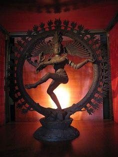 Lord Shiva The Destroyer - Ele transita por todos os mundos. Shiva Art, Shiva Shakti, Hindu Art, Lord Shiva Hd Wallpaper, Lord Shiva Painting, Lord Murugan, Indian Classical Dance, Nataraja, Indian Art Paintings