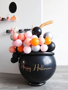 40th Birthday Decorations, Halloween Decorations, Birthday Party Themes, Spooky Halloween, Happy Halloween, Halloween Party, Candy Gift Box, Candy Gifts, Happy Balloons