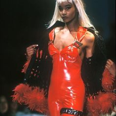 Beverly Peele at Thierry Mugler (F/W 1990)