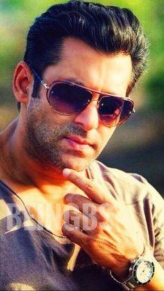 Salman Khan Wallpapers, Salman Khan Photo, Superman Logo, Movies Free, Handsome Actors, Gorgeous Men, Bollywood, Fan, Stylish