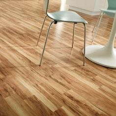 Hampton Bay Brilliant Maple 8 mm Thickness x 7 1/2 in. Width x 47 1/4 in. Length Laminate Flooring (22.09 sq. ft./case)-HD703 at The Home Depot