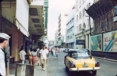 Escolta 1954 (ctto) Filipiniana, Thing 1, Asian History, Manila Philippines, Back In Time, Pinoy, Cool Photos, Interesting Photos, Vintage Photographs