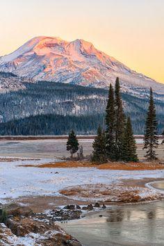 nordvarg:  Sparks Lake• Oregon