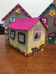 Doorstop Pattern, Milk Carton Crafts, Fuzzy Felt, Felt Crafts Patterns, Felt House, Felt Quiet Books, Felt Decorations, Fabric Houses, Handmade Felt