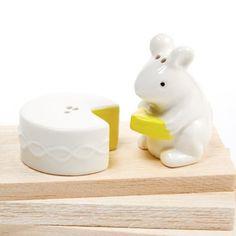 Mouse Gets The Cheese Ceramic Salt & Pepper Shaker Set Two's Company http://www.amazon.com/dp/B00JCFMDJA/ref=cm_sw_r_pi_dp_iwmkub0ZCYEM8