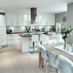 K i t c h e n #sigdalkjøkken #interiorstyled #classyinteriors #interior125 #interior4all #interior4you1 #kitchen #interior123