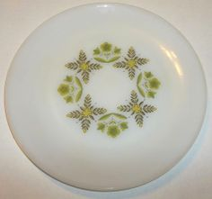 """Vintage Anchor Hocking Suburbia Meadow Green White Dinner Plate 10"""" Oven Proof"""