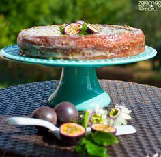 7gramas de ternura: Bolo de Limão com Calda de Chocolate Branco e Mara...
