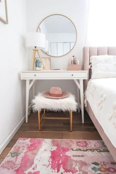 Furniture Layouts With The Lake House This Dreamy Bedroom Nook Is Also A Clever Solution For Small Spaces - The Washington Post Decor Room, Home Decor Bedroom, Bedroom Ideas, Bedroom Designs, Modern Bedroom, Feminine Bedroom, Living Room Decor, Dining Room, Bedroom Nook